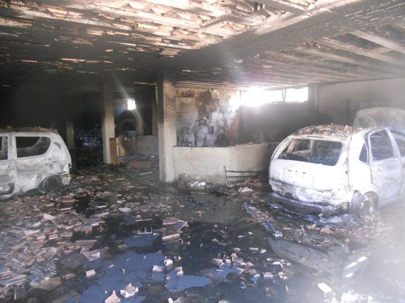il garage che ha preso fuoco