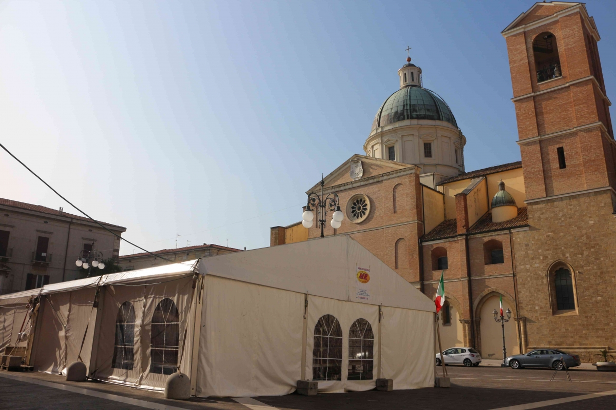 piazza san tommaso